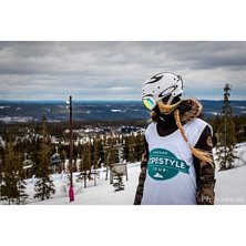 ***Fallen Angel***   Woman slopestyle skiier. SST .